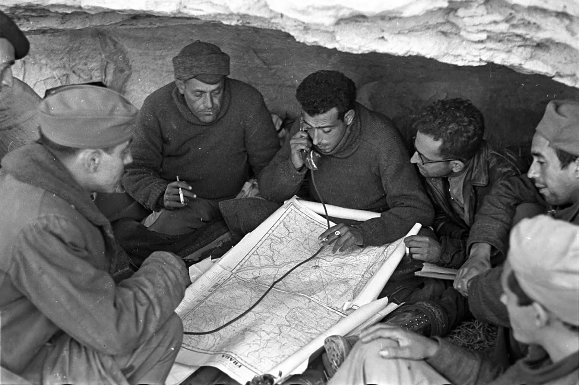 Noviembre de 1938. El frente Aragón en el Río Segre (Robert Capa)