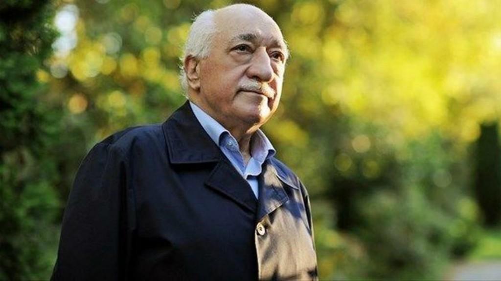 Gülen es un imán moderado que vive en Estados Unidos desde 1999 (AFP)
