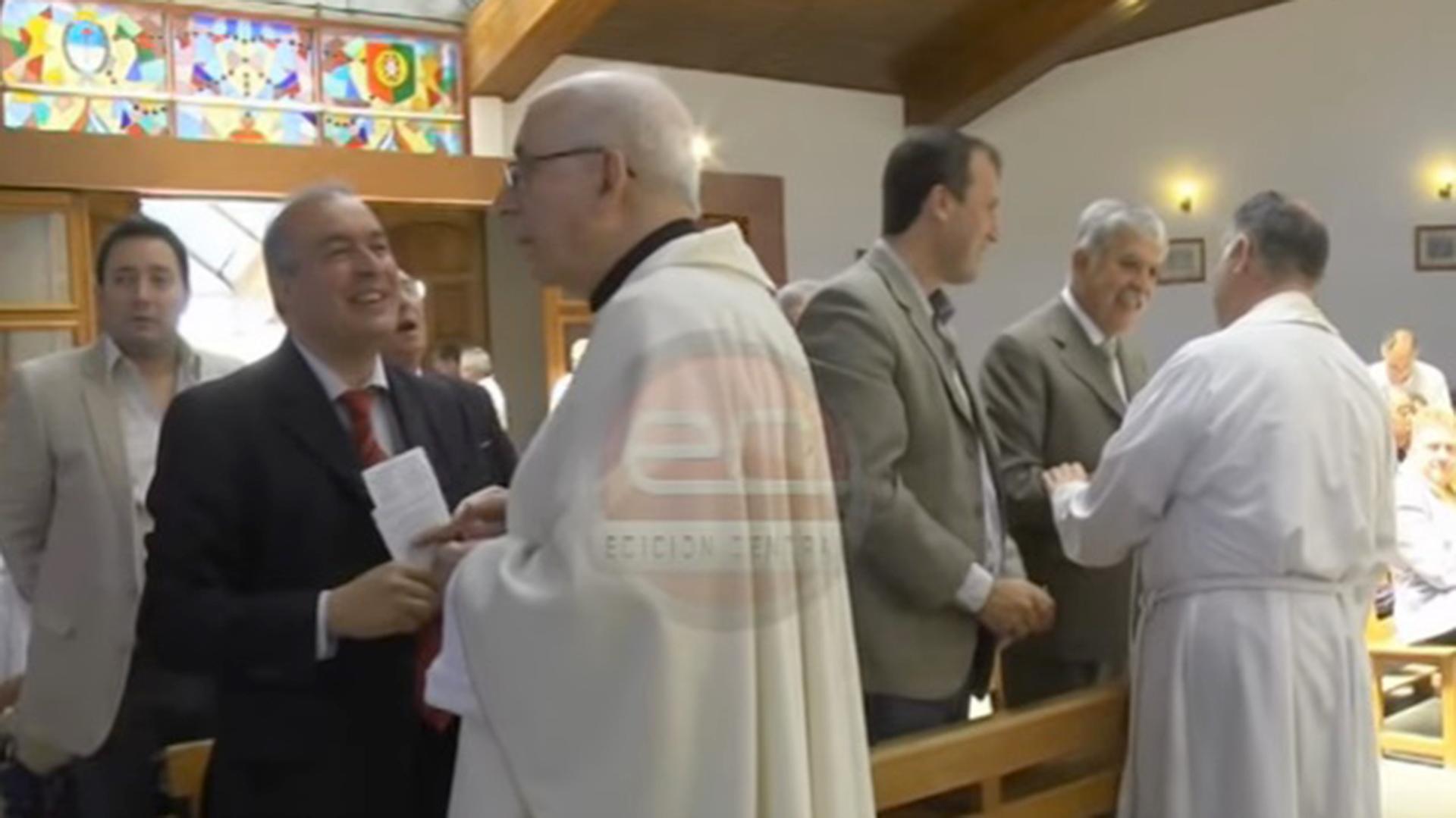 Algunos ex funcionarios kirchneristas mantenían un íntimo vínculo con el obispo Di Monte