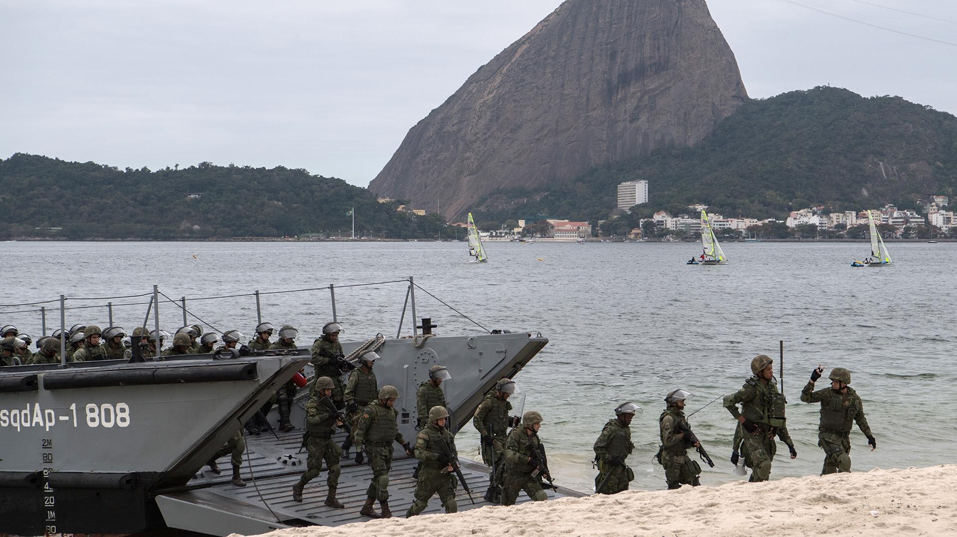 En Brasil, se intensificaron los simulacros luego de que la Agencia de Inteligencia informó que un grupo llamado Ansar al-Khilafah Brazil declaró su apoyo al ISIS(AFP )