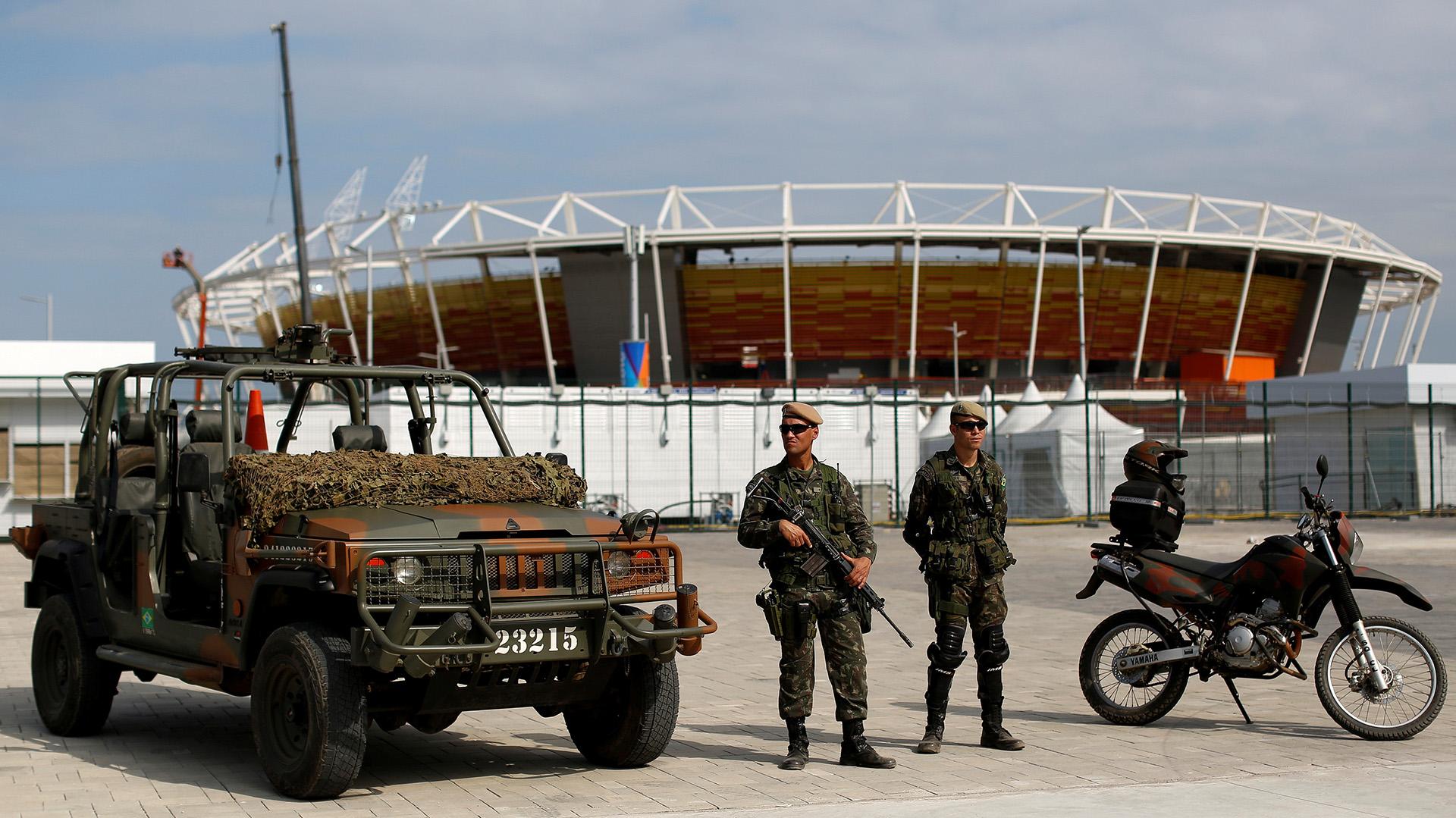 Soldadosde las Fuerzas Armadas brasileñas patrullaron el Parque Olímpico(REUTERS)
