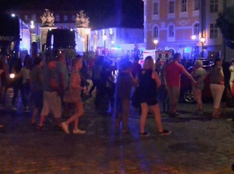 En la ciudad se desarrollaba un festival musical con 2500 personas (@CuentameYa)