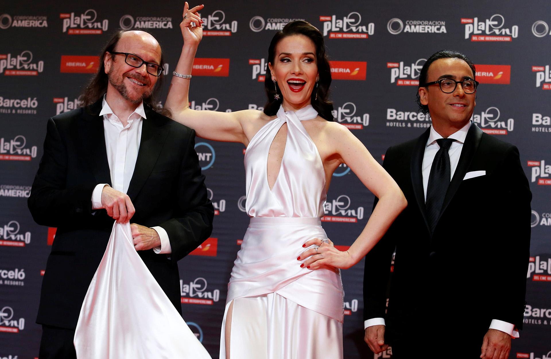 Santiago Segura, Natalia Oreiro y Adal Ramones, los divertidos conductores del evento