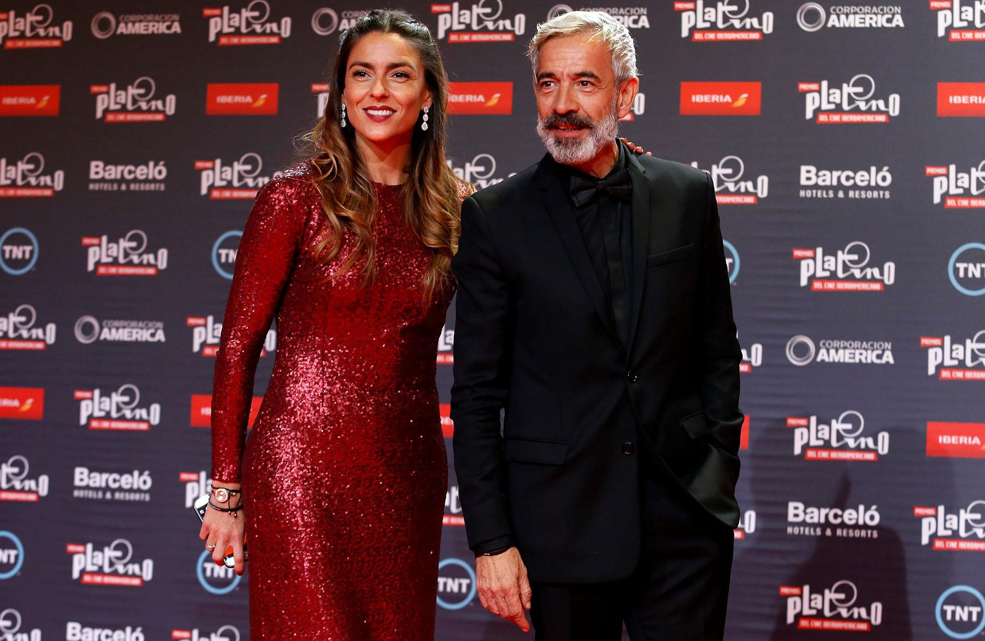Imanol Arias y Irene Maritxel