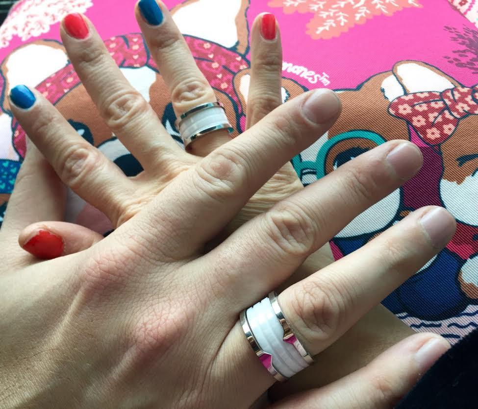 Stefy mostró los anillos que comparte con su novio Sebastián