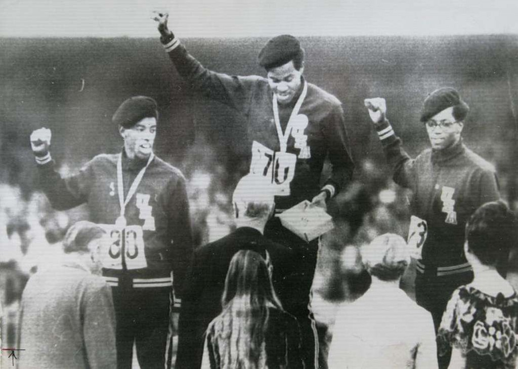 El gesto del Black Power fue imitado en el podio de los 400 metros