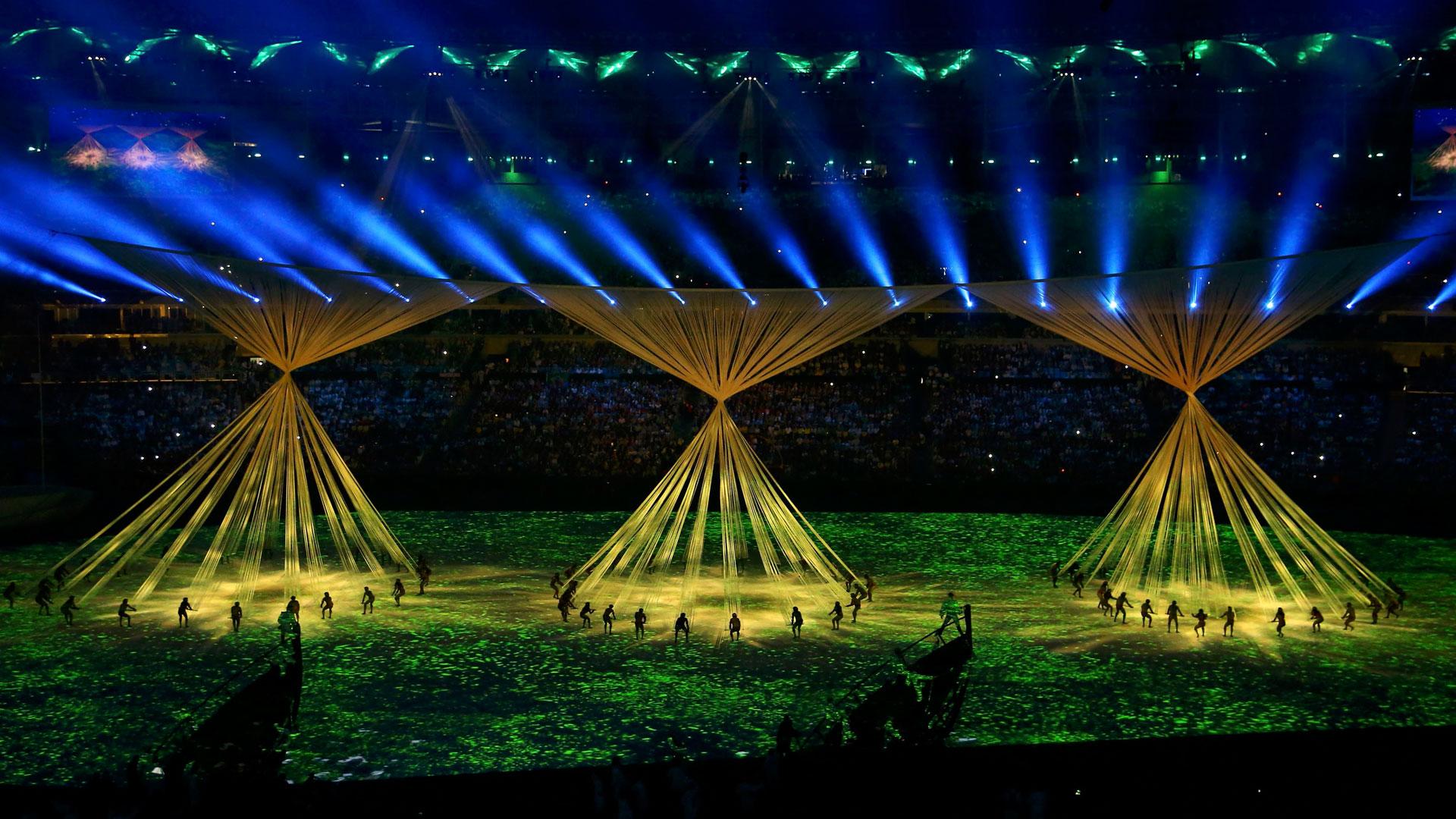El himno nacional de Brasil fue ejecutado por la leyenda de la samba carioca, el músico Paulinho da Viola (Reuters)