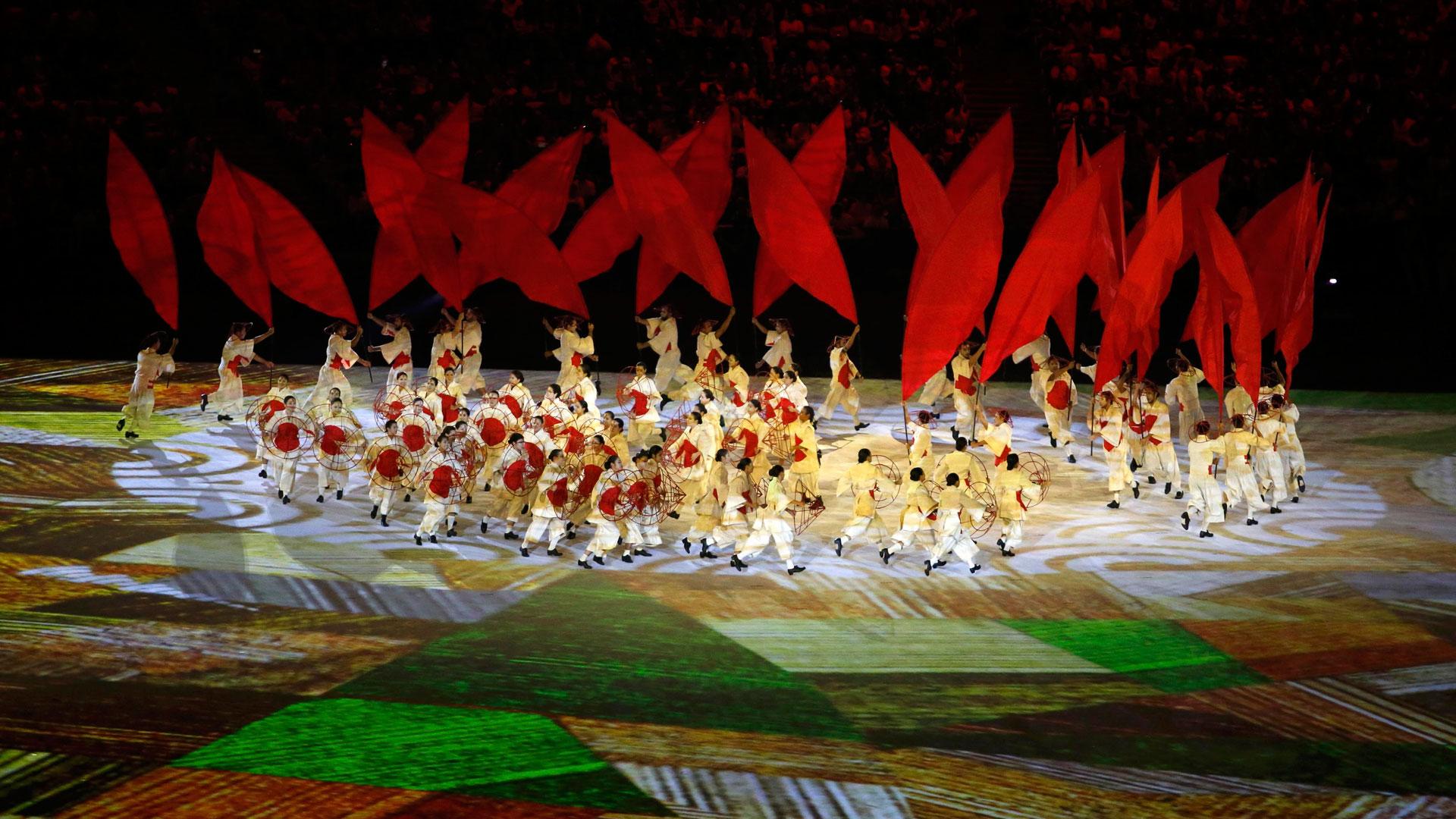 A través de distintas performances, se exhibió al mundo la diversidad cultural y la historia de Brasil (Reuters)