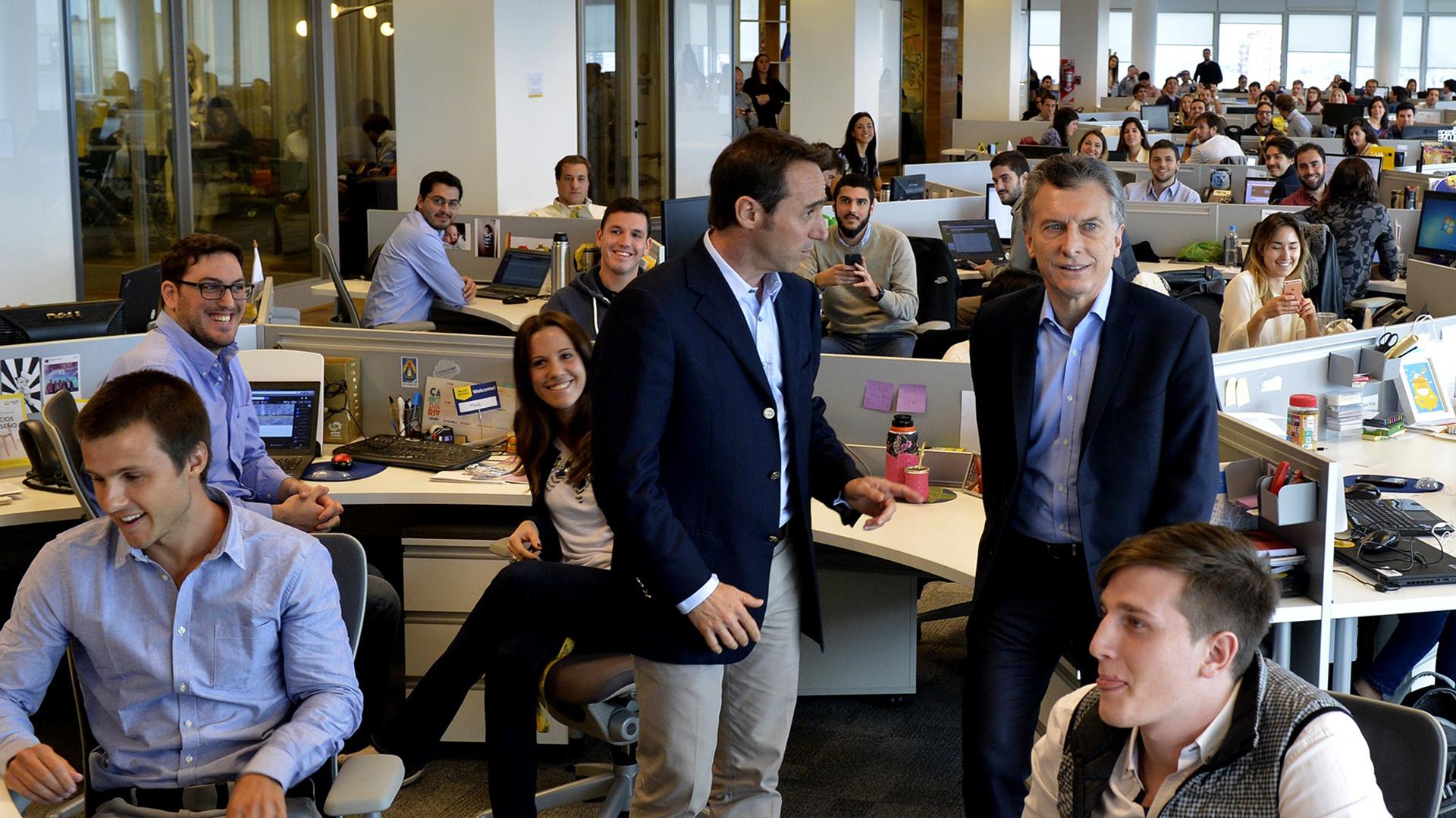Macri visitó las oficinas de MercadoLibre en 2016.