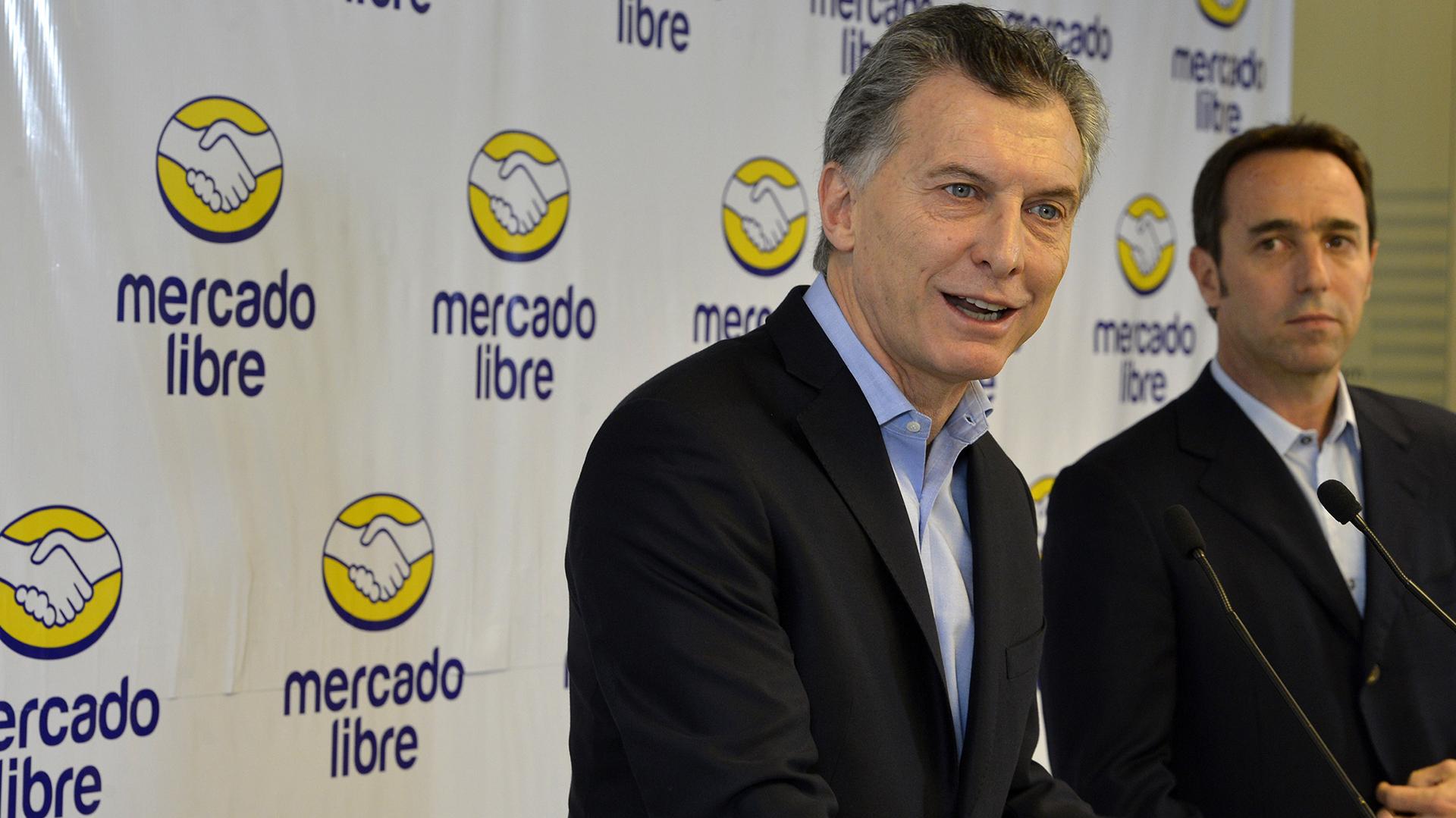 Mauricio Macri y el CEO de Mercado Libre, Marcos Galperin, durante una visita anterior
