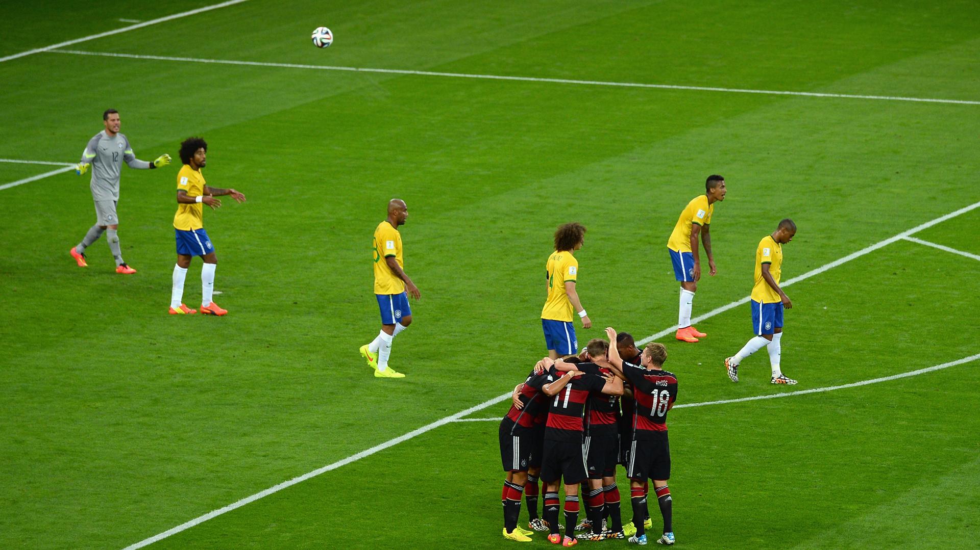 """La consumación de la debacle. Brasil 1 – Alemania 7 en la casa del """"Scratch"""""""