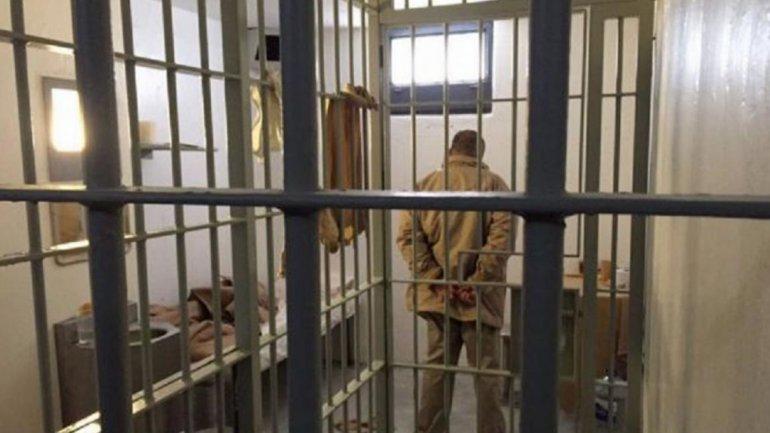 """El """"Chapo"""" Guzmán en prisión (@CarlosLoret)"""