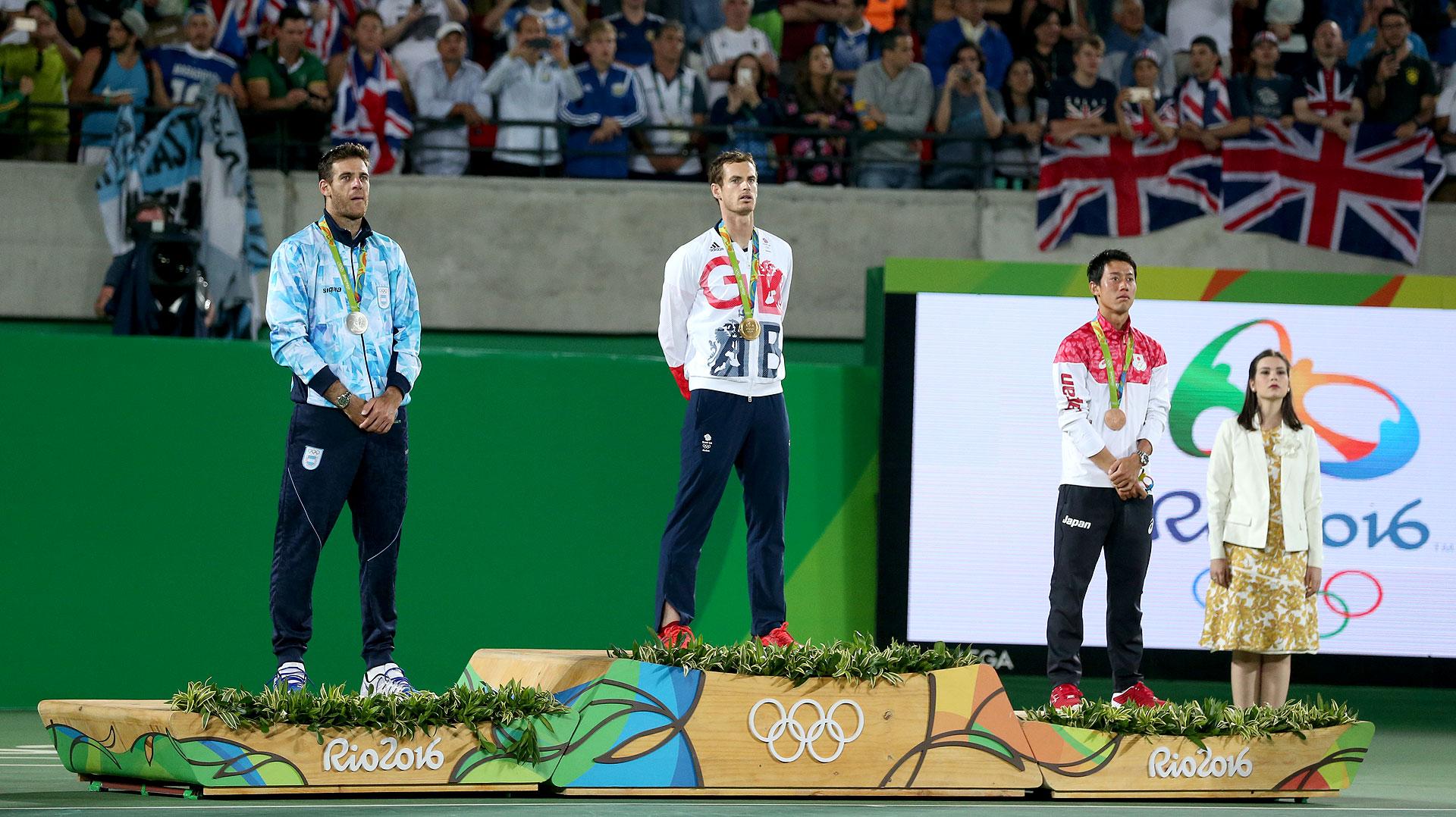Del Potro en el podio junto a Andy Murray (medalla de oro) y Kei Nishikori (bronce) (Nicolás Stulberg)