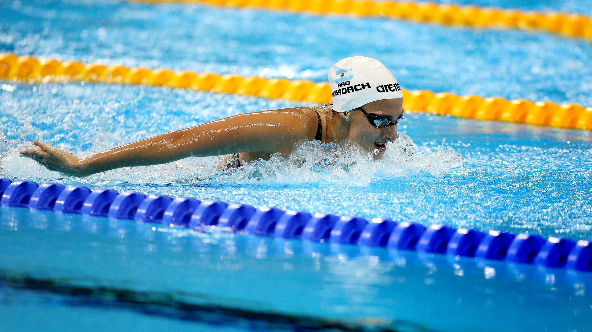 La nadadora cordobesa Virginia Bardach (Nicolás Stulberg)