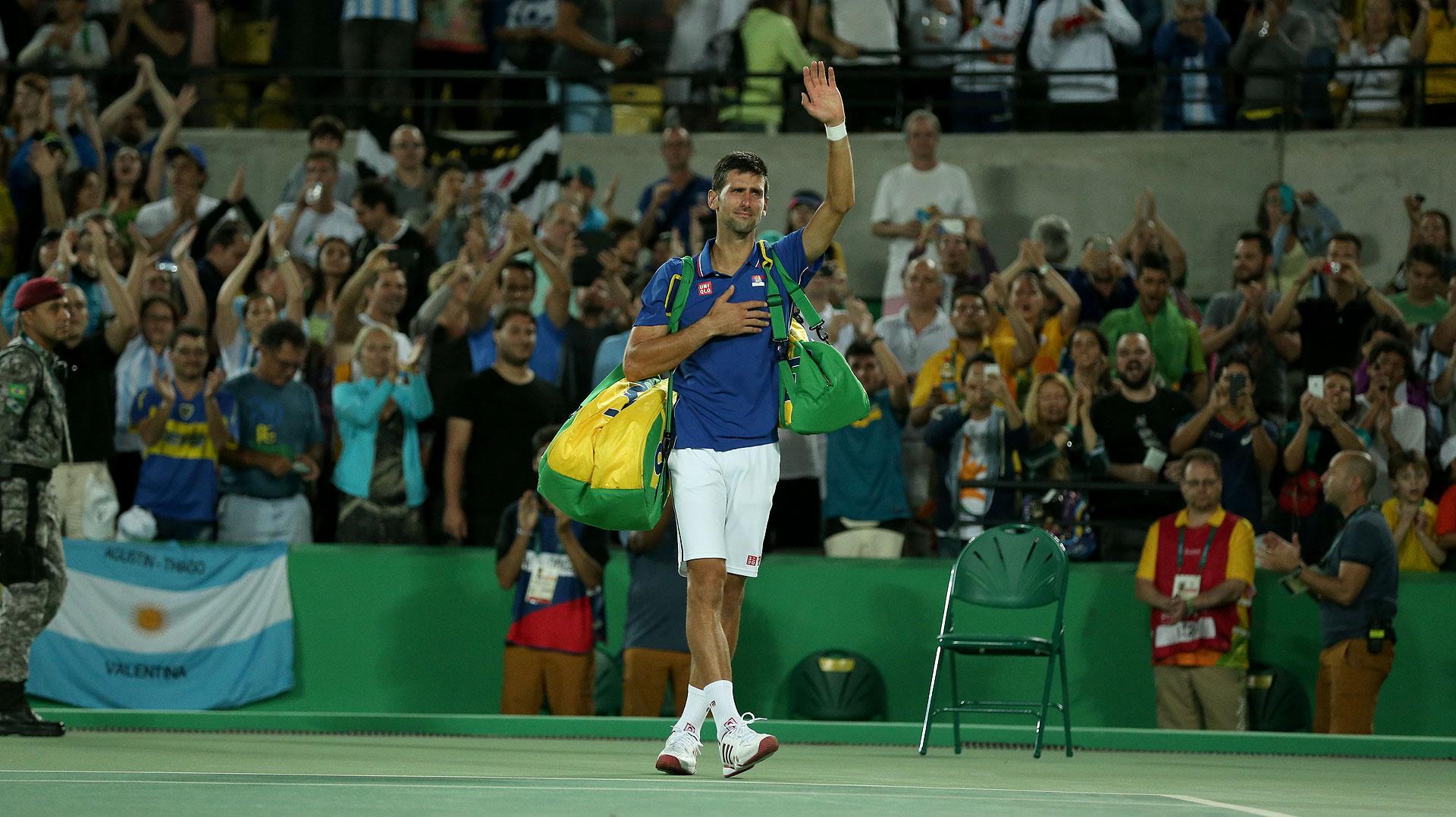 Llanto de Djokovic tras la derrota ante Juan Martín del Potro (Nicolás Stulberg)