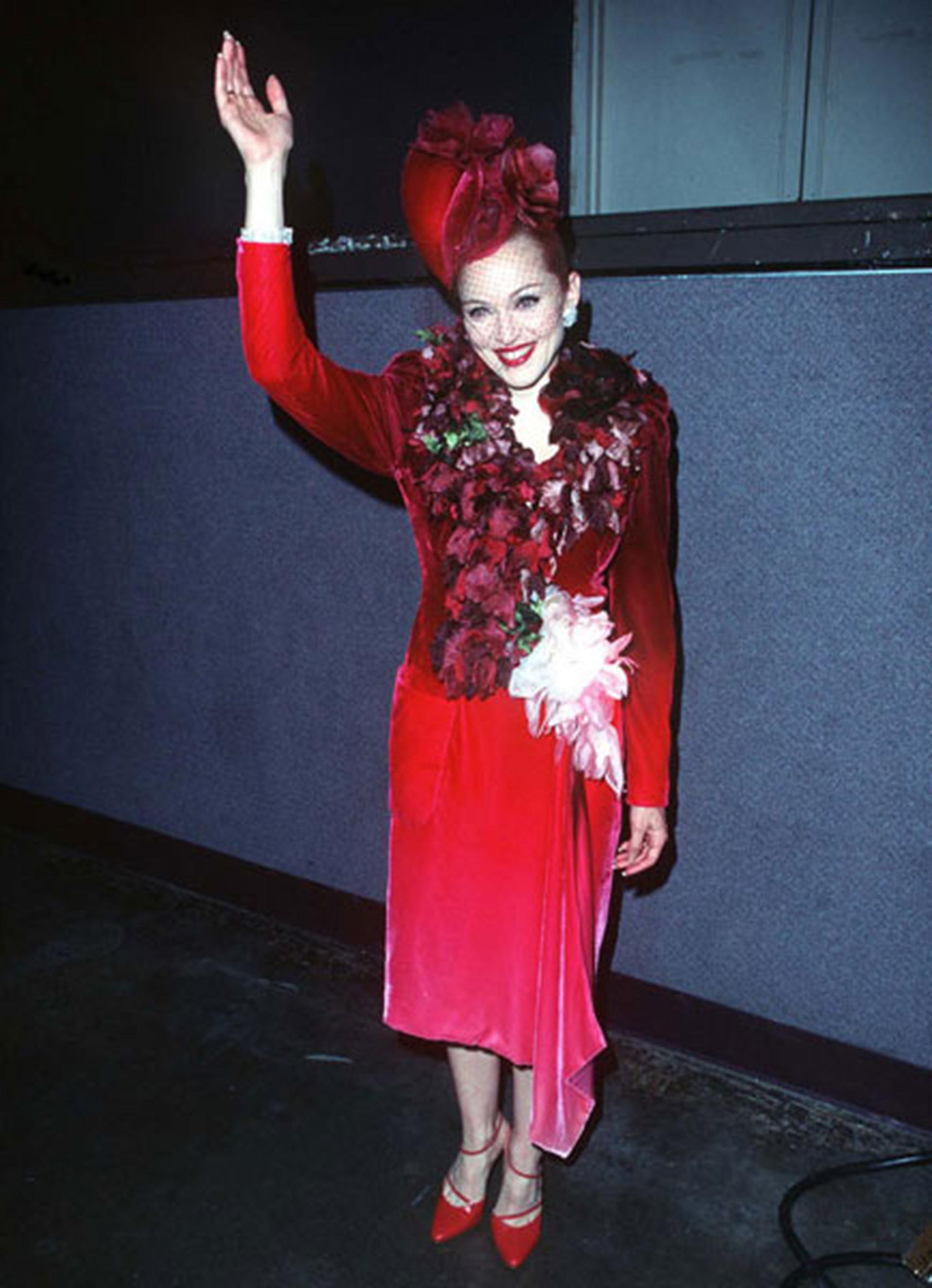 Madonna usó 370 trajes diferentes en la interpretación del film de Alan Parker, fijando un récord Guinness por el mayor número de cambios de vestuario en una película