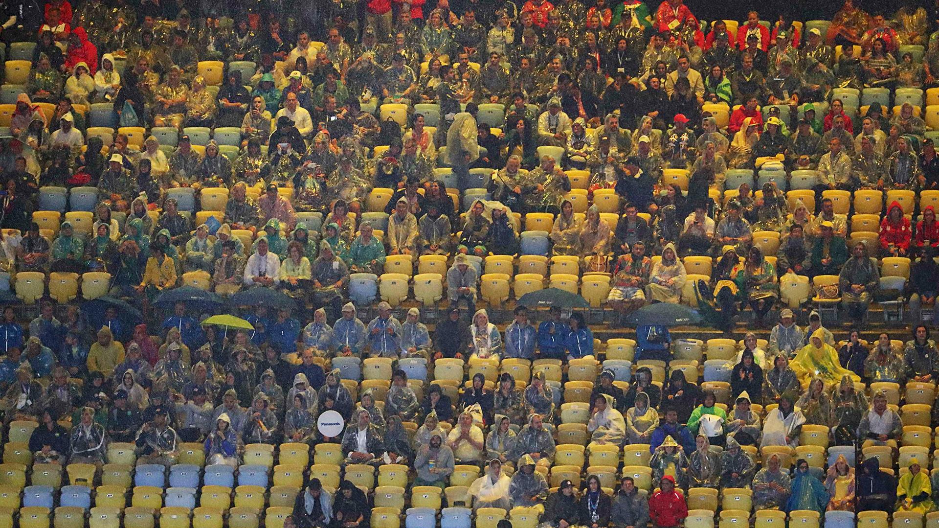 El Maracaná no lució colmado como en la apertura (Reuters)
