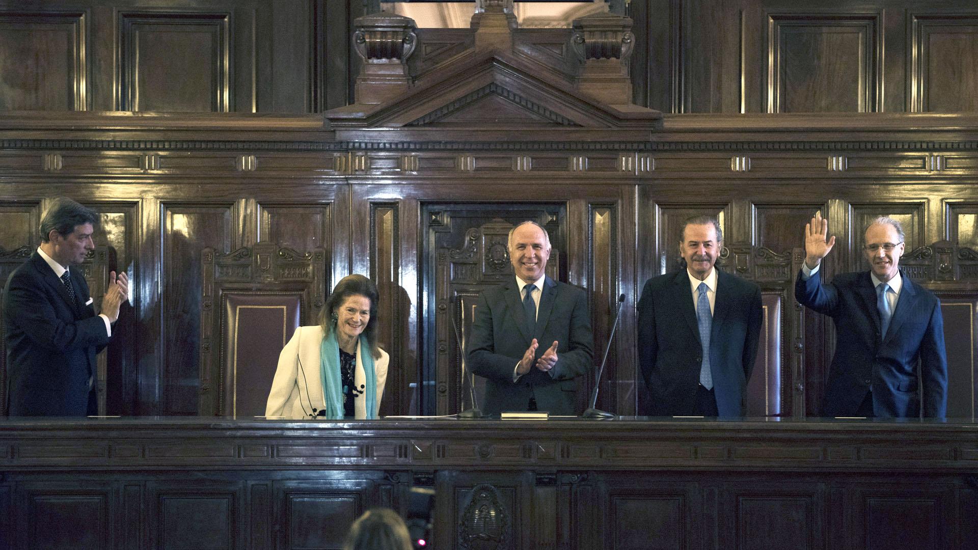 Los 5 integrantes de la Corte: Horacio Rosatti, Elena Higton de Nolasco, Ricardo Lorenzetti, Juan Carlos Maqueda y Carlos Rosenkrantz (Adrián Escandar)