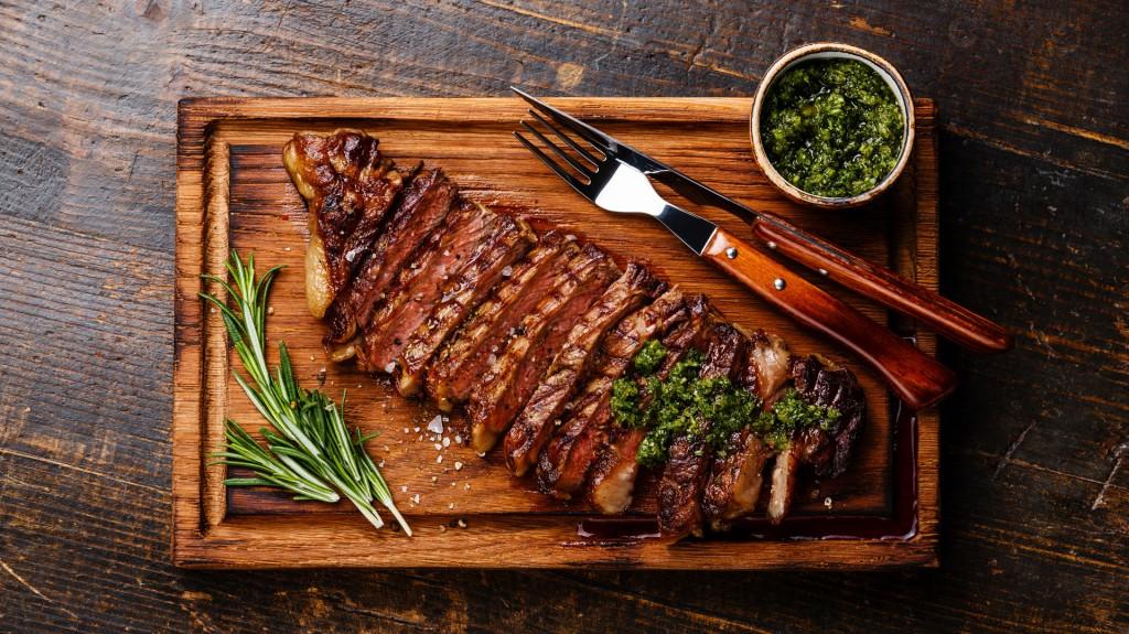 La carne es uno de los alimentos más ricos en hierro (Shutterstock)