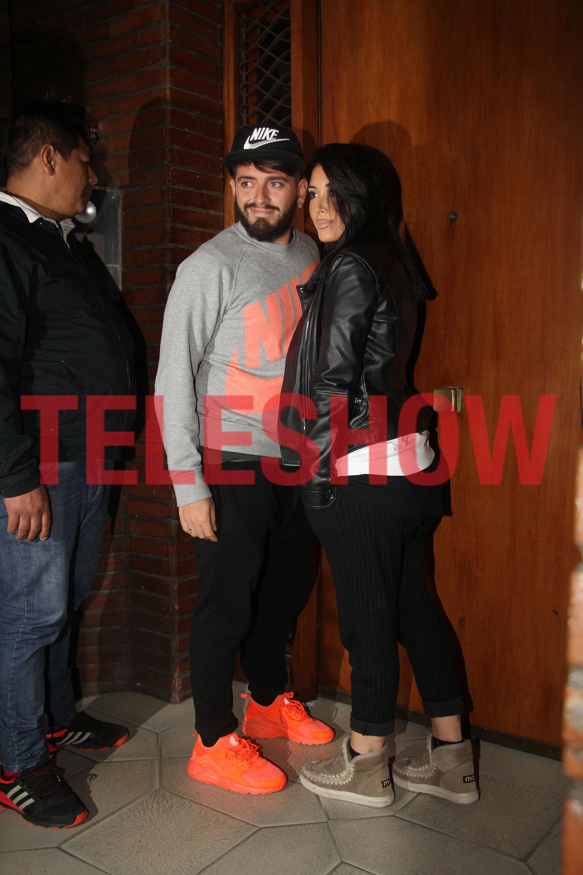 Diego Junior y su mujer fueron los últimos en llegar a la casa de los padres de Maradona