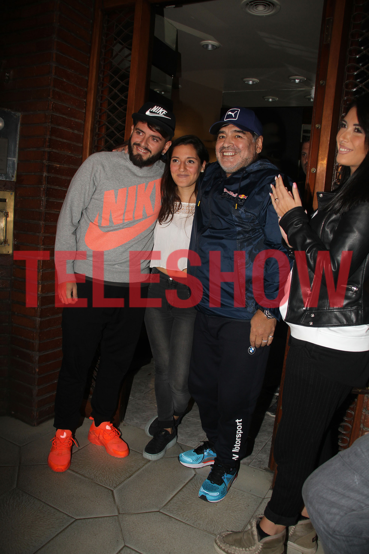 Emotivo encuentro de los Maradona en Villa Devoto
