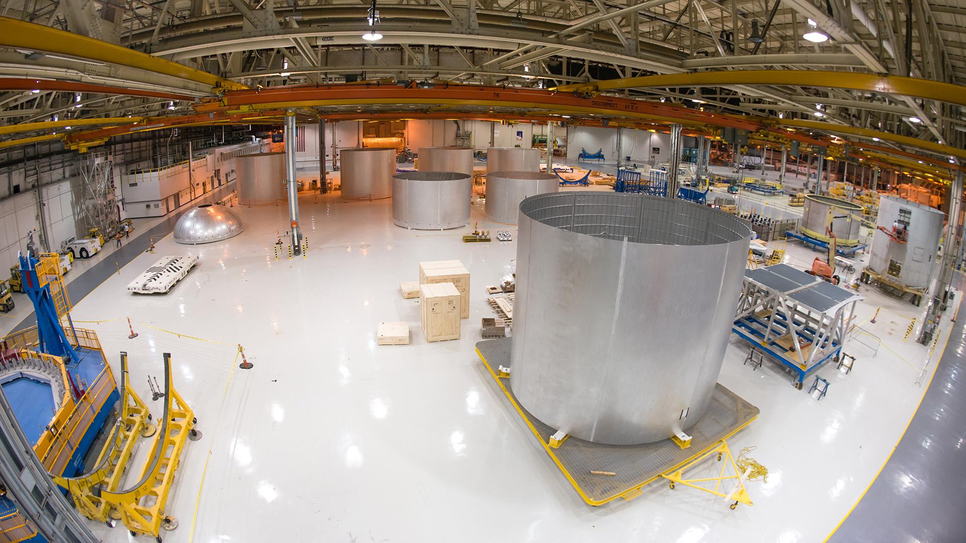 Durante 2016 se espera que terminen los trabajos de soldadura del núcleo del cohete, lo que permitirá seguir avanzando en la integración de los demás elementos