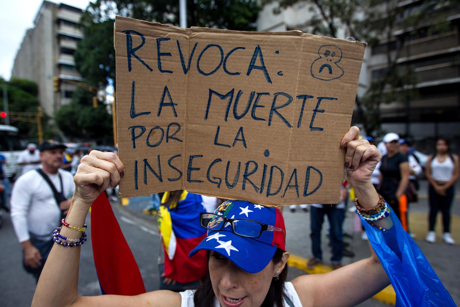 Durante julio, a la sede principal de la Medicatura Forense de Caracas llegaron 535 cadáveres por muertes violentas (17 por día), según datos facilitados por fuentes anónimas del instituto a periodistas venezolanos (EFE)