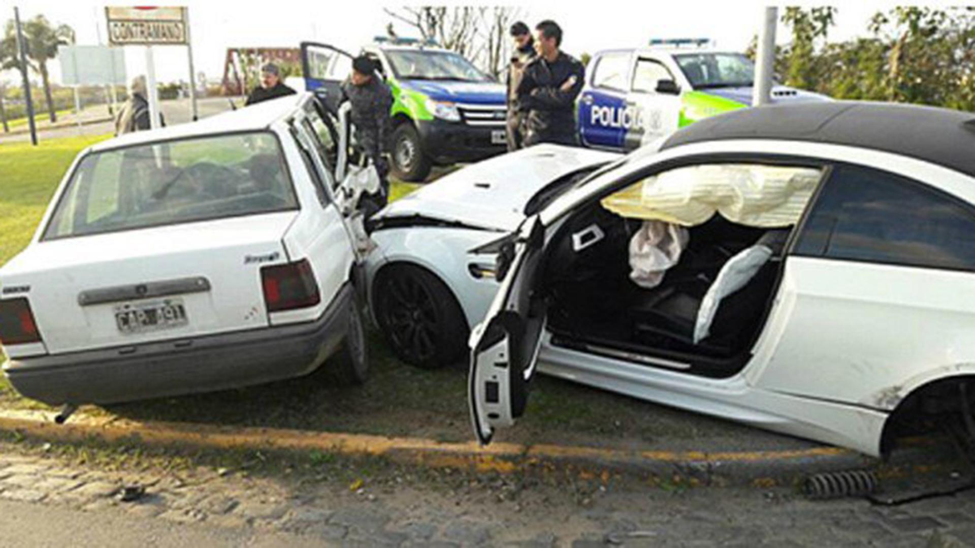 Imagen del impacto del BMW registrado a nombre del jugador de ese entonces de Boca Ricardo Centurión