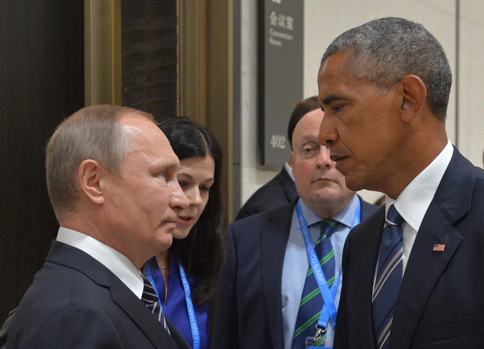 Estados Unidos y la Federación Rusa se declaran la guerra oficialmente.