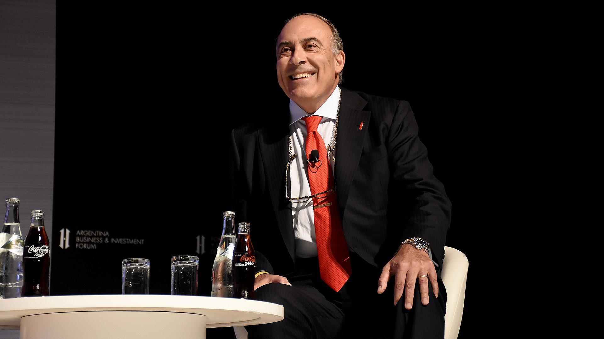 El presidente de Coca Cola, Muhtar Kent