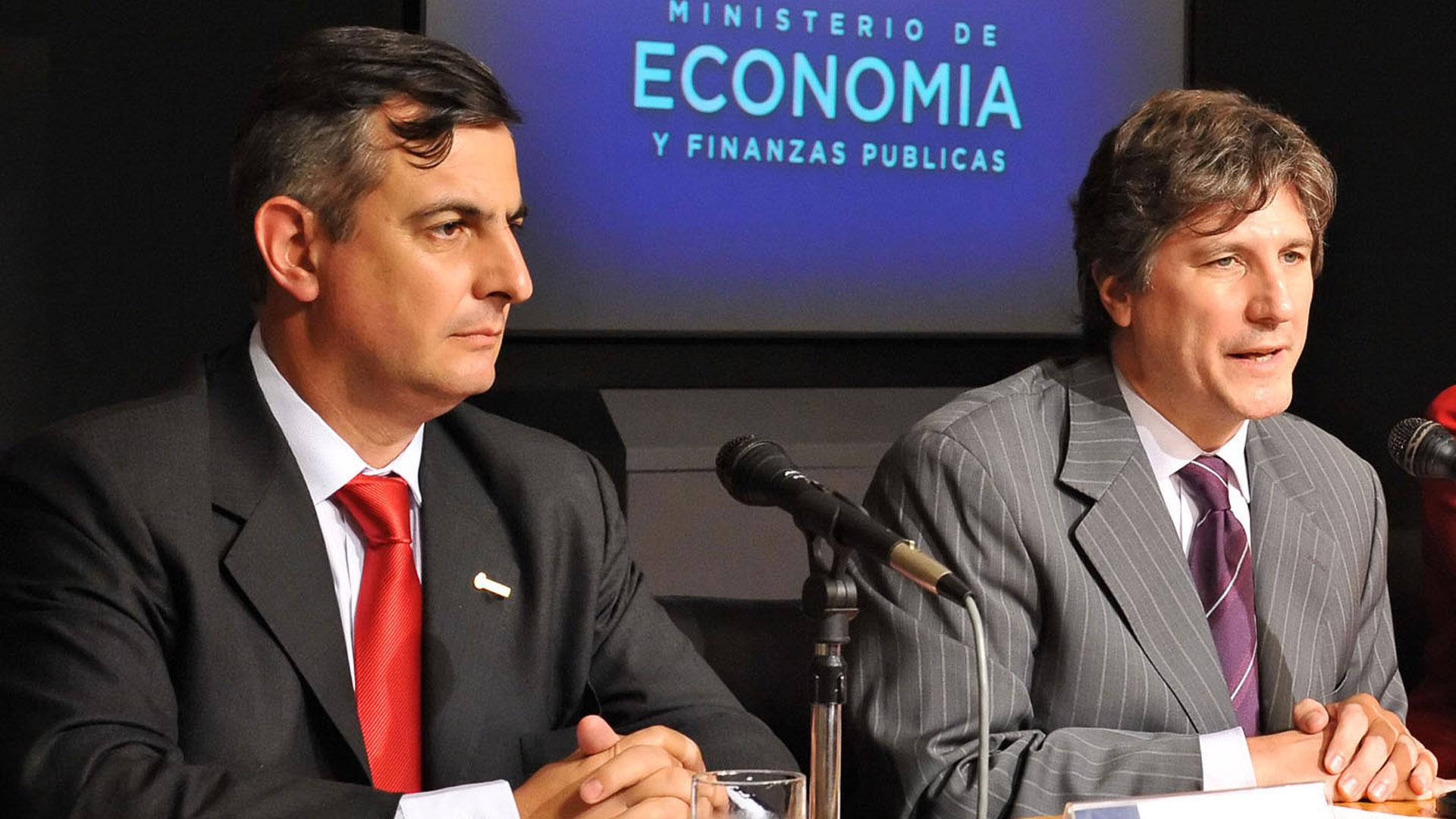 Reposo y Boudou, ambos serán juzgados por la compra de los autos para el Ministerio de Economía (NA)