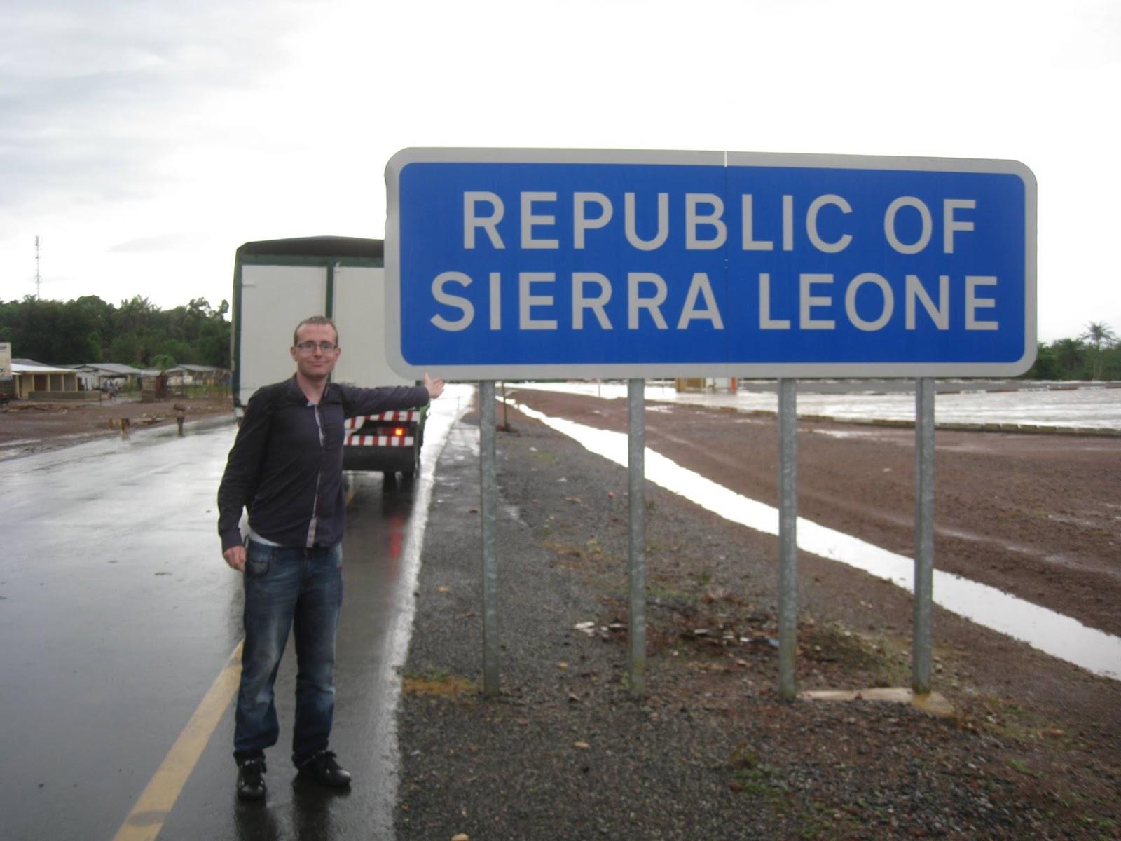 En Sierra Leona. Jeppesen no temió los peligros que implicaban algunos países