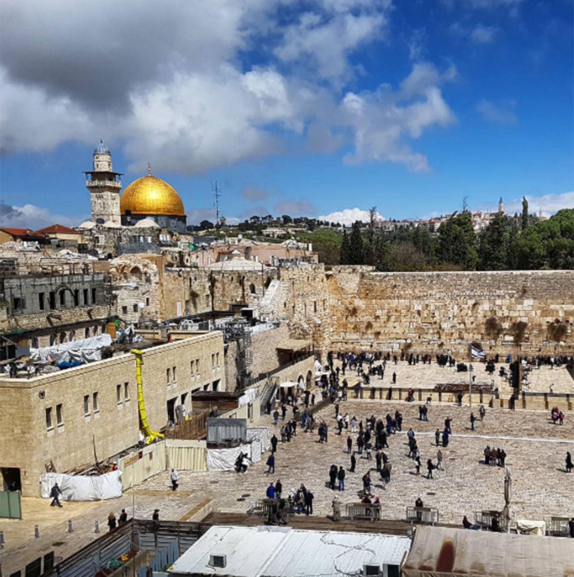 Jeppesen registró cada paso que dio. Aquí en el Muro de los Lamentos, Jerusalén, Israel