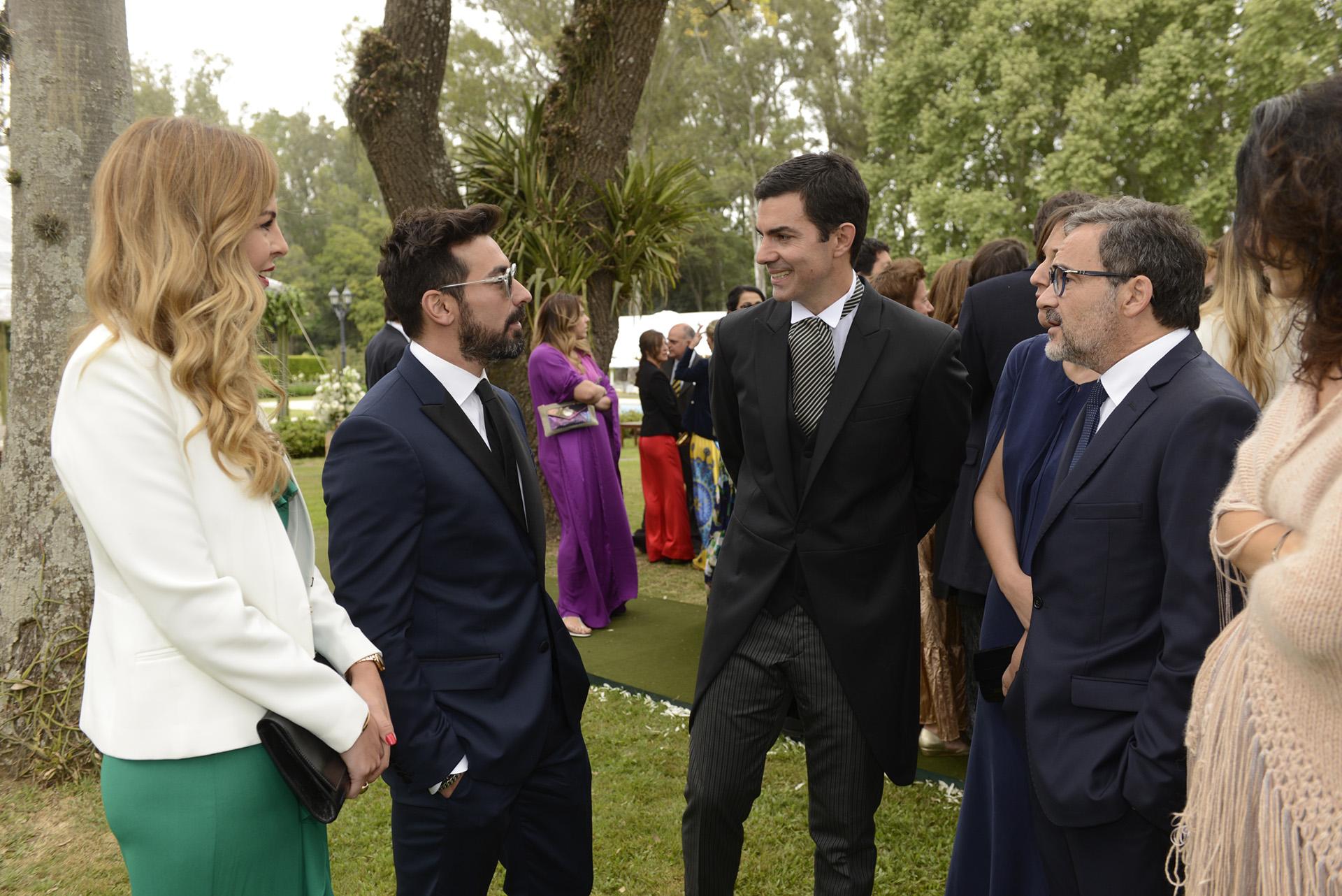 Lavezzi llegó a Salta junto a Yanina Screpante. Participó de la miniserie E-Lovers con Macedo.