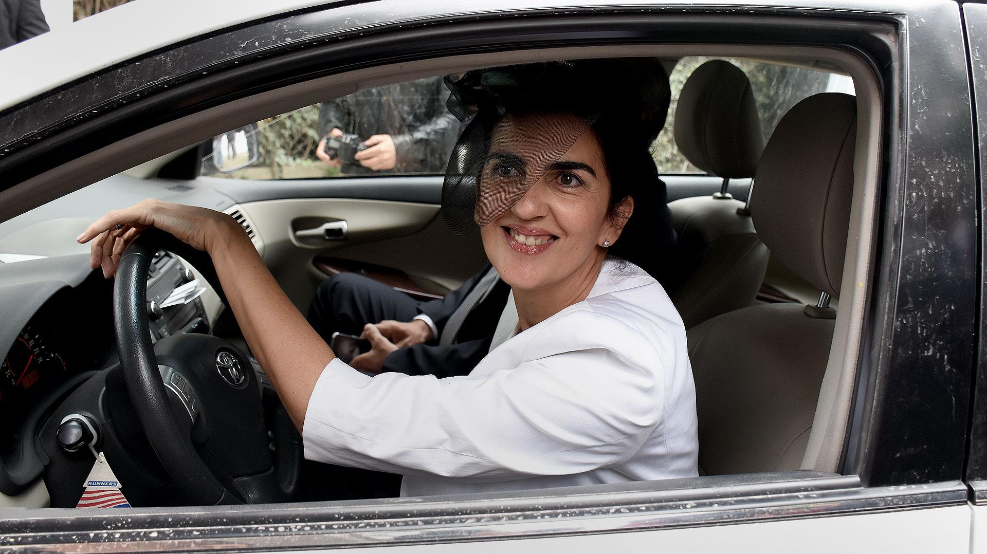 Una de las primeras en llegar fue Soledad Urtubey, hermana del Gobernador de Salta.