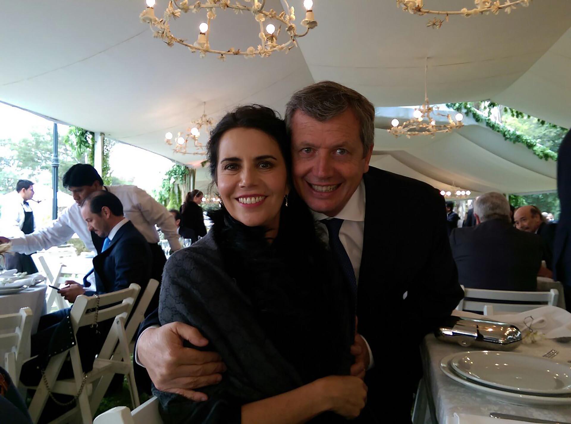 El presidente de la Cámara de Diputados Emilio Monzó y su esposa Karen Sánchez