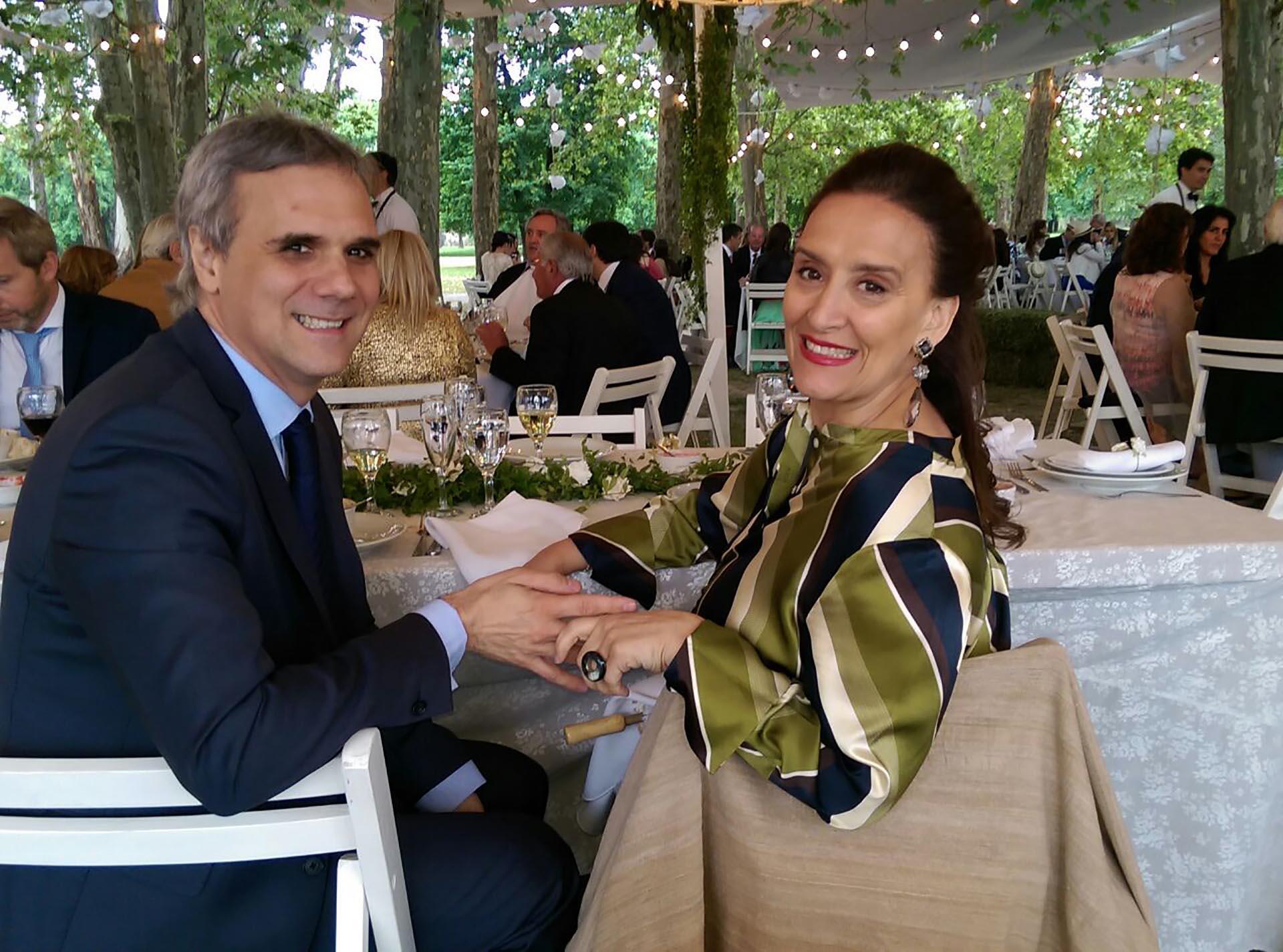Gabriela Michetti y su novio Juan Tonelli