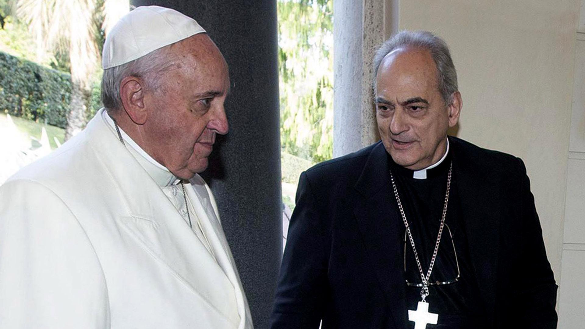 El papa Francisco junto a Marcelo Sánchez Sorondo