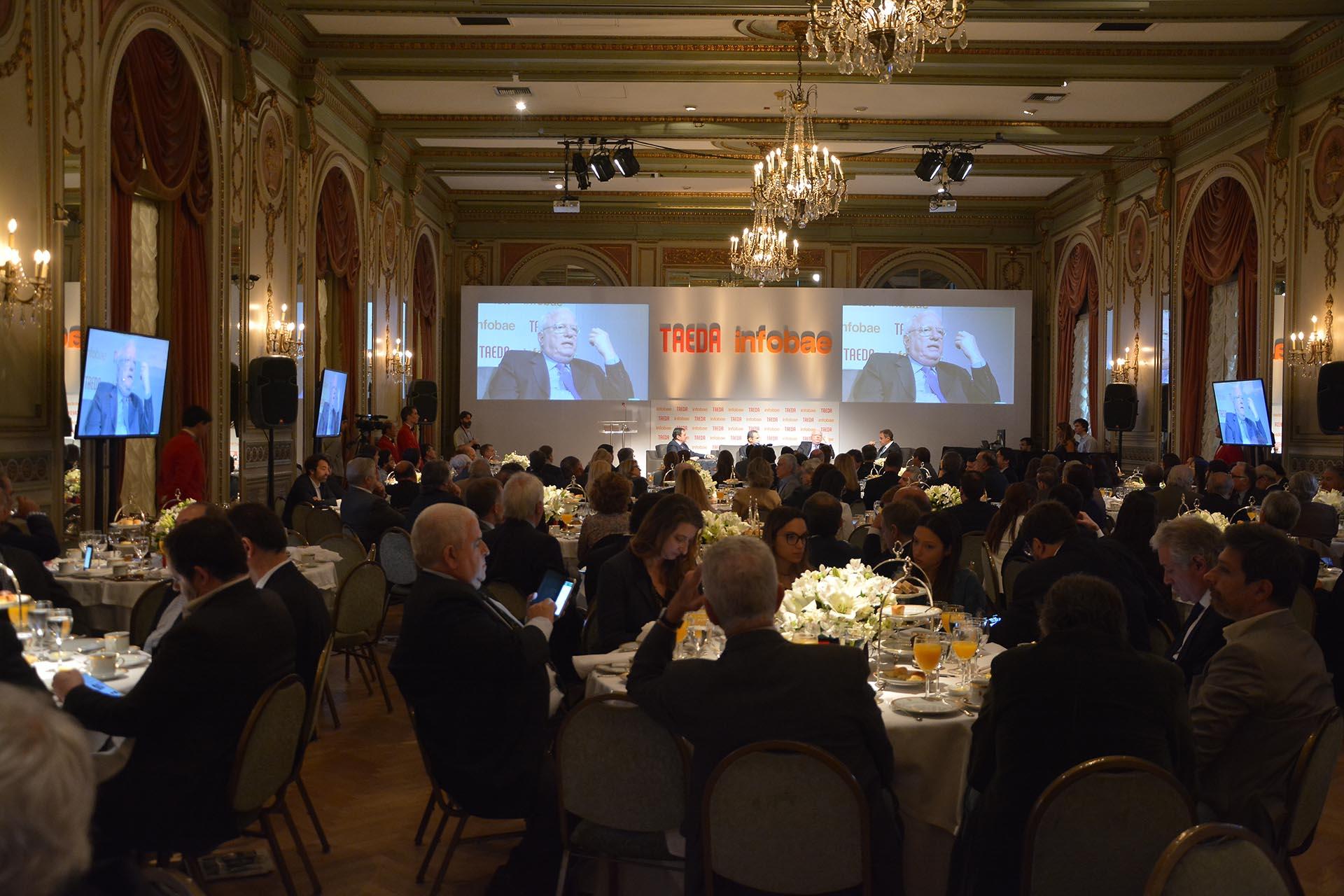 El evento se realizó en el Hotel Alvear y fue retransmitido víastreaming porInfobae