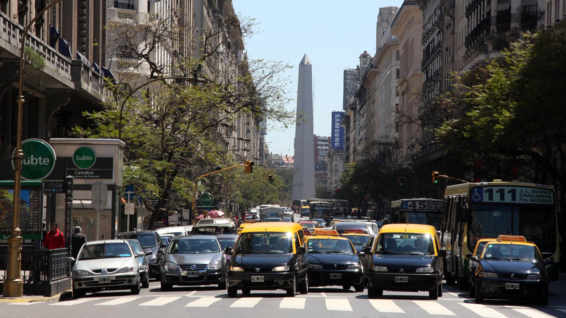 Resultado de imagen para Zonas exclusivas para vehículos y peatones