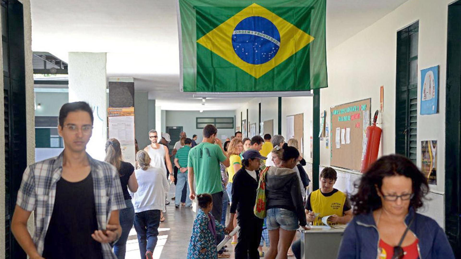 Brasil elige a sus alcaldes en las primeras elecciones desde la destitución  de Dilma Rousseff: el Partido de los Trabajadores teme la peor derrota en  décadas - Infobae