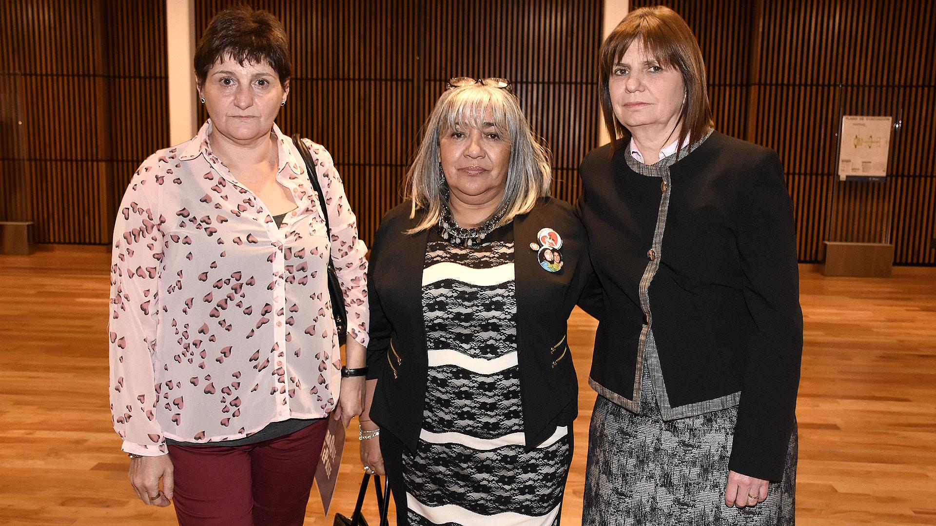 Gladys Cabezas, Nilda Gomez y la ministra de Seguridad Patricia Bullrich