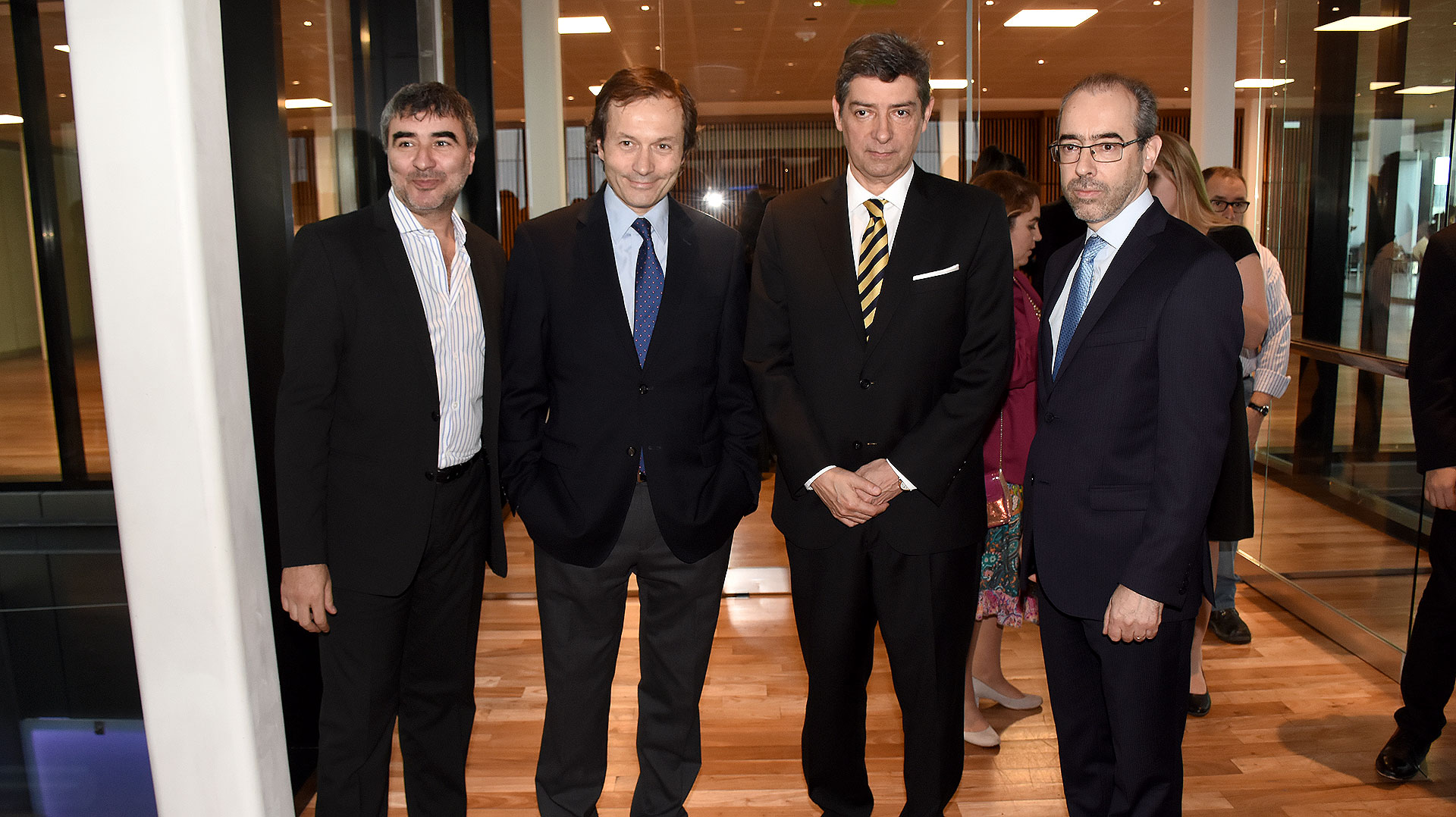 Gustavo Beliz, el juez de la Corte Suprema de Justicia Horacio Rosatti y el periodista Gustavo González