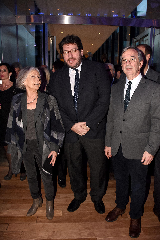 La ensayista Beatriz Sarlo junto al ministro de Cultura Pablo Avelluto y el secretario de Medios Públicos Jorge Sigal