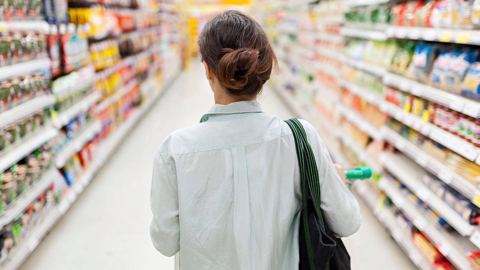 Los supermercados aseguran que las diferencias de costos por local impactan en las góndolas.