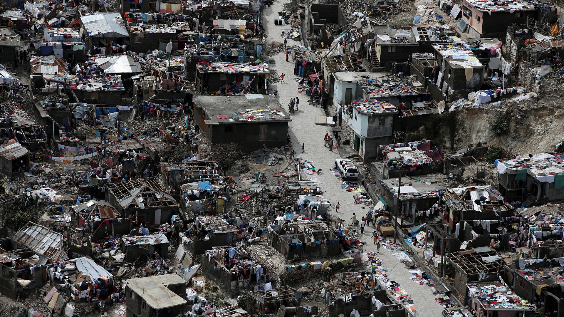 El huracán Matthew arrasó con el 80% de los edificios de Jeremie, Haití