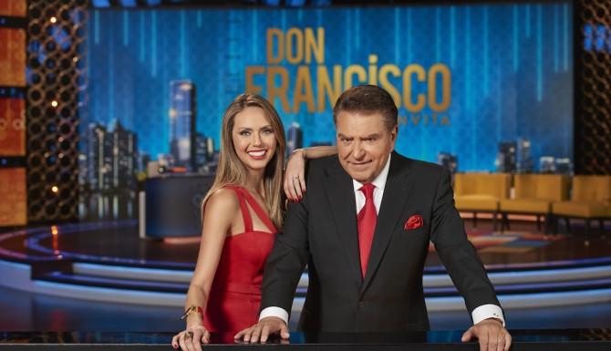 Don Francisco y Jessica Carrillo (Telemundo)