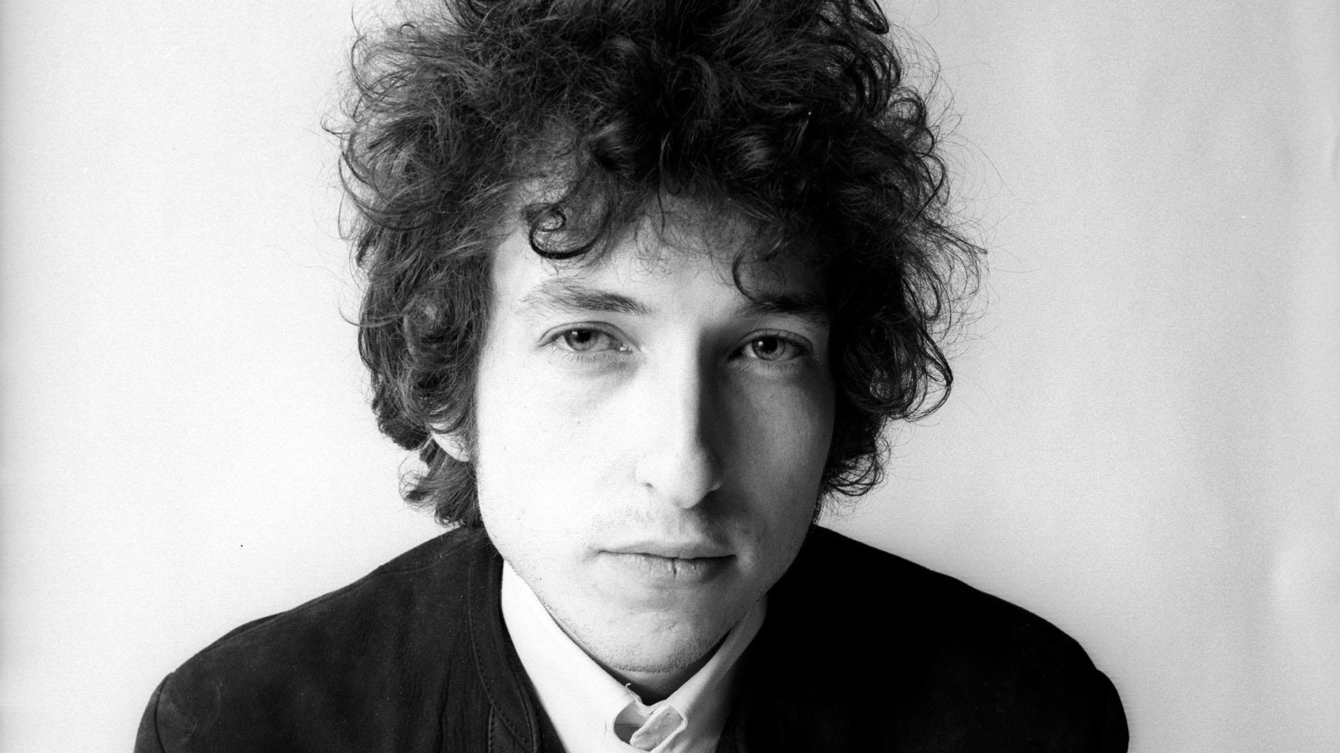 Bob Dylan tiene 76 años