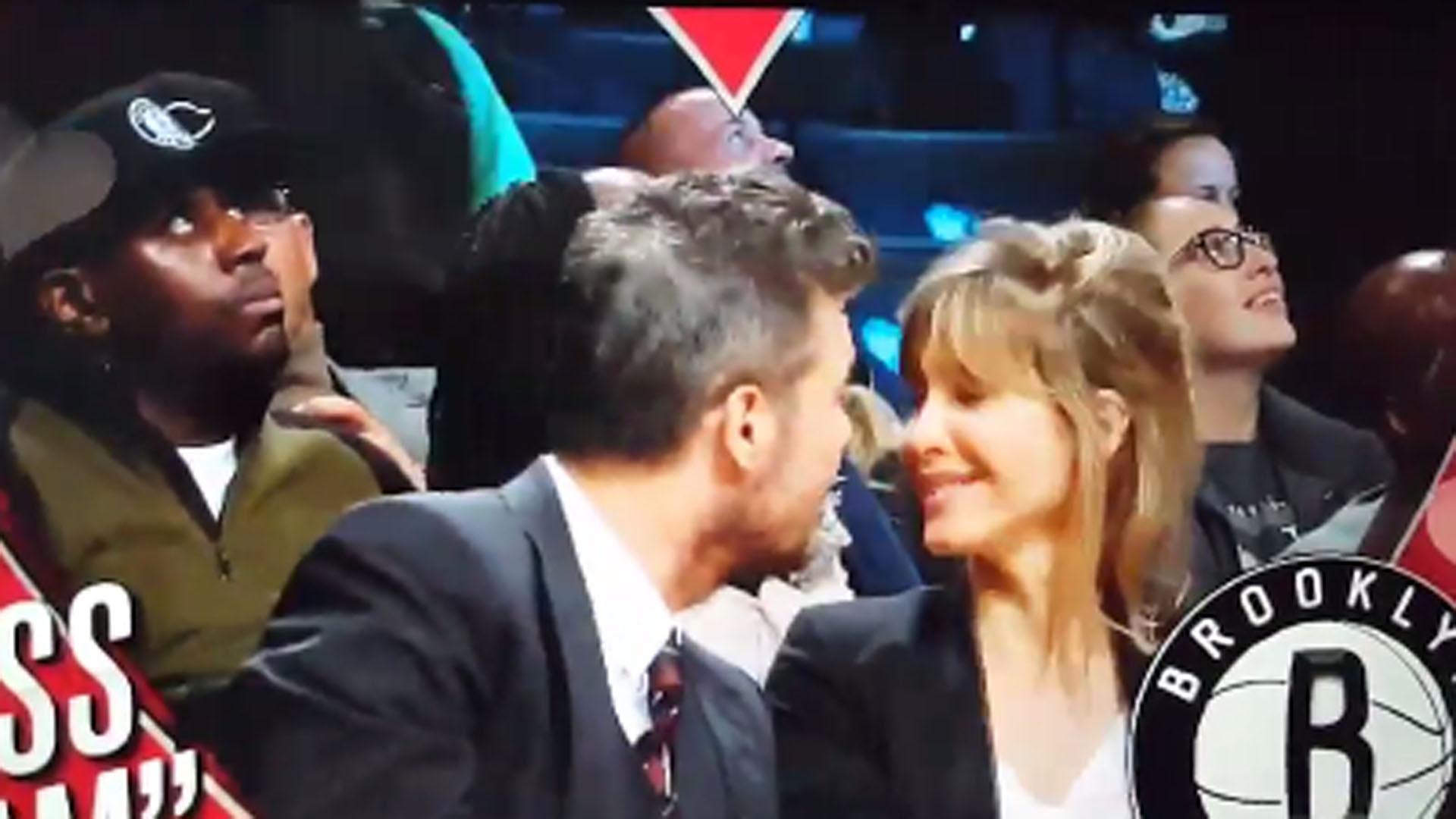 Marcelo Tinelli y Guillermina Valdes a los besos en la NBA