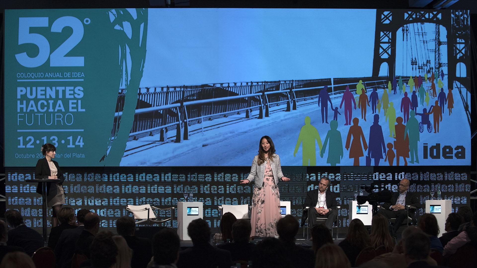 Rebeca Hwang, Co-fundadora y General Partner de Rivet Ventures, Co-fundadora y Chairman del Board de YouNoodle.com
